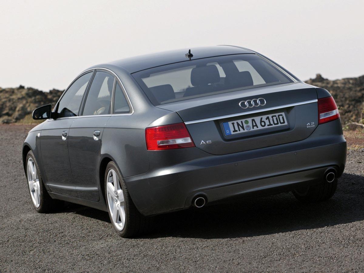 Audi A6 limuzina zadaj