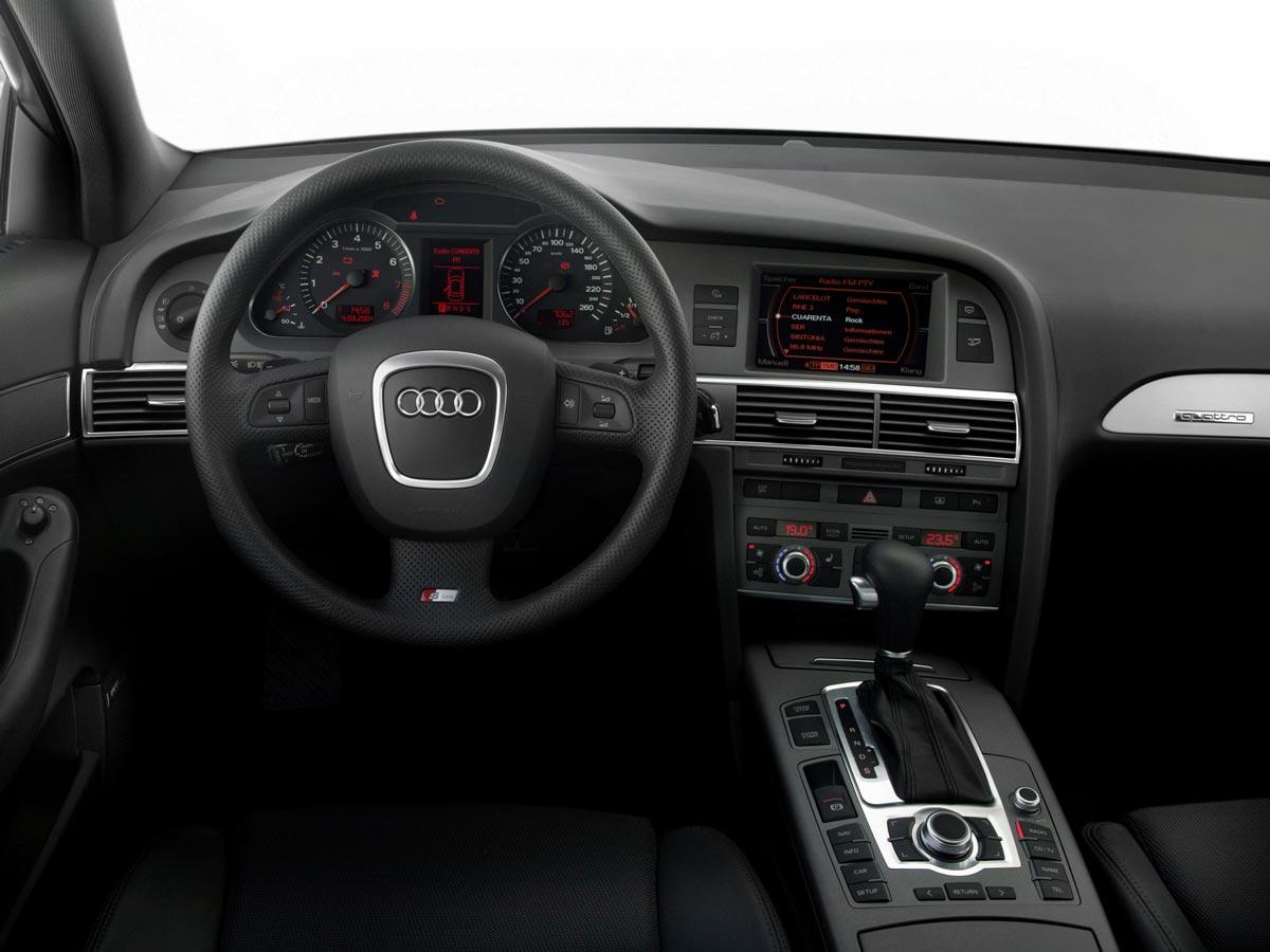 Armaturna plošča Audi A6