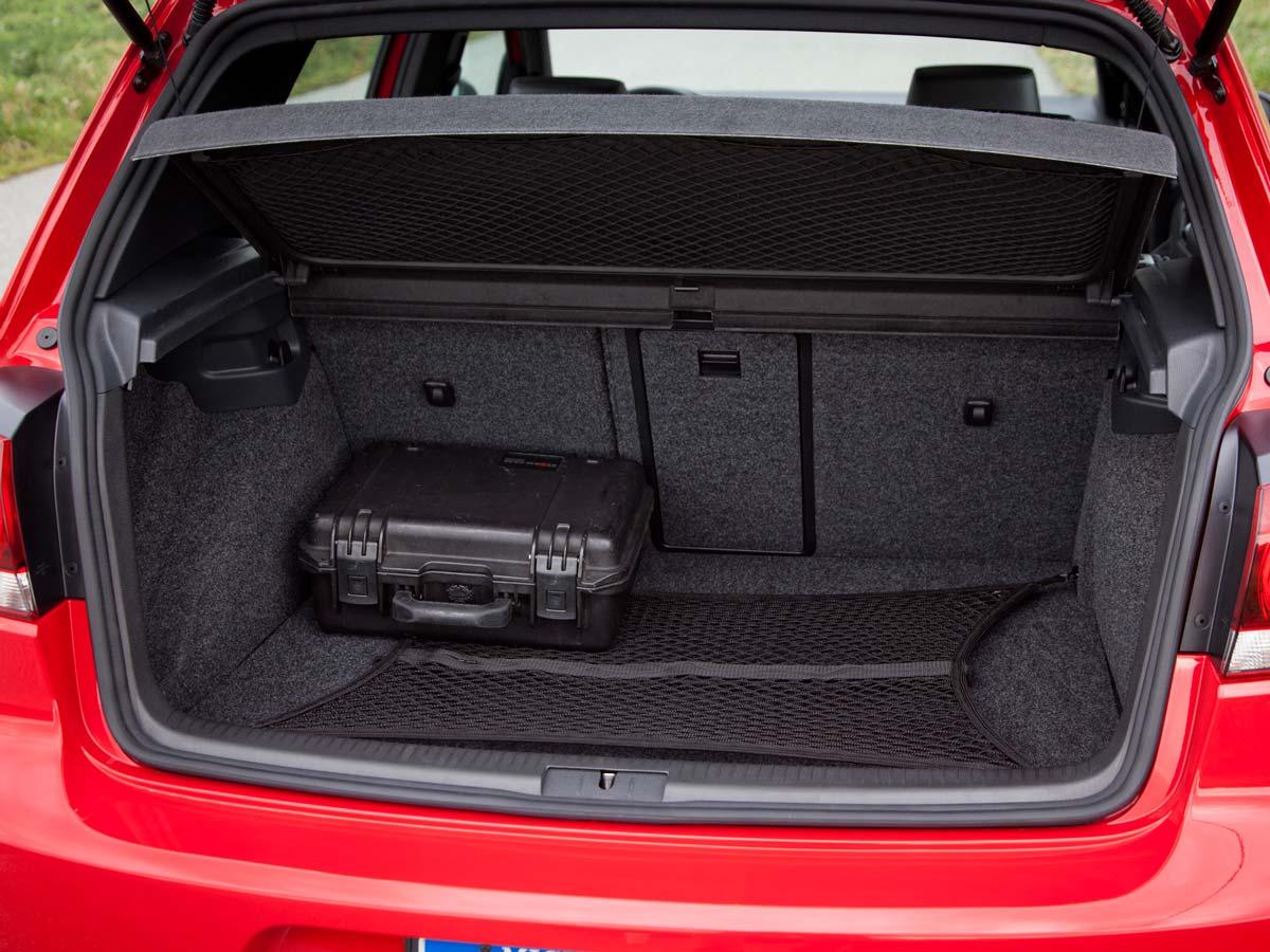 VW Golf prtljažni prostor
