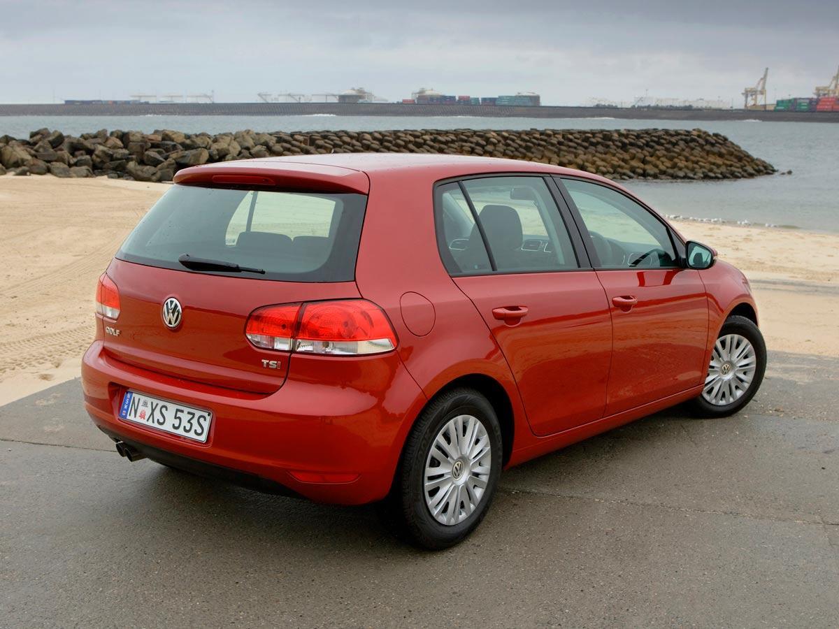 VW Golf 6 rdeče barve